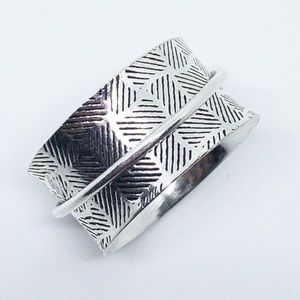 Jewelry - Sterling Silver Textured Wide Band Spinner Ring